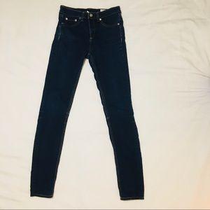 Rag & Bone 10 inch skinny jean. Size 27